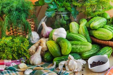 Preparing pickling cucumbers various components