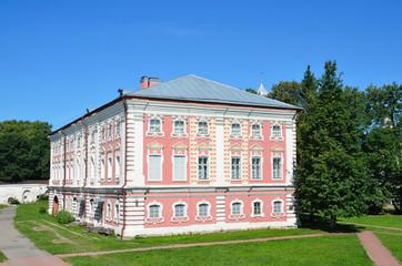 Иосифовский корпус Вологодского кремля на Архиерейском дворе