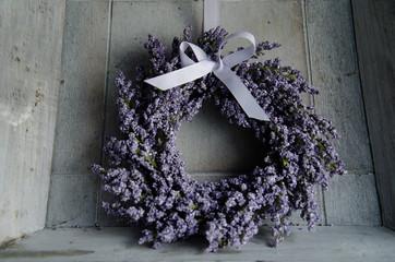 Lavendel Kranz mit Schleife
