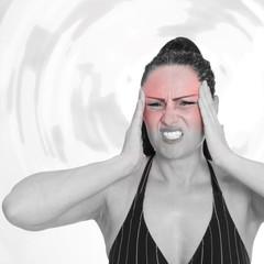 Kopfschmerzen bei einer jungen Frau
