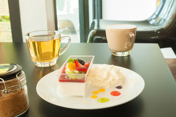 Dessert and coffee for serve