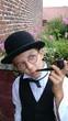Enfant déguisé en costume ancien