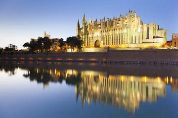Cathedral of Palma de Mallorca at sunset, Balearic Island, Spain