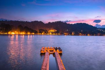 Kandy Lake at sunrise, Kandy, Central Province, Sri Lanka, Asia