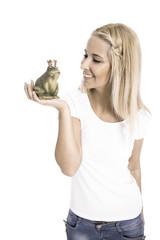 Konzept Liebe und Partnersuche: Mädchen mit Froschkönig