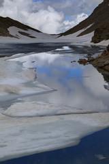 Hochgebirge See im Sommer