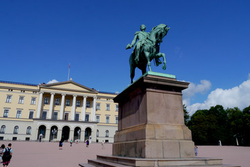 statue in front of the royal palace, oslo, norway