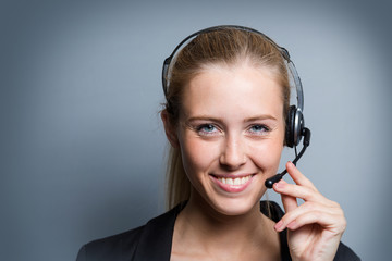 Young Callcenter Woman