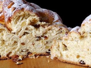 Tradicional Czech Christmas cake - Vánočka