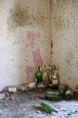 vecchie bottiglie di vetro