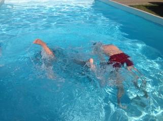 Un tuffo in piscina