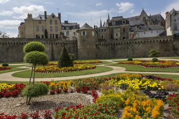 Vannes,ville fortifié et ville fleurie de Bretagne