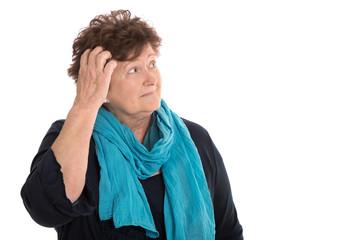 Probleme im Alter: ältere Frau isoliert sorgt sich um die Rente