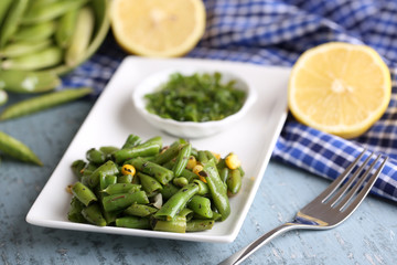 Salad with green beans and corn