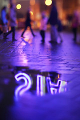 [New York]ニューヨーク・タイムズスクエア鮮やかな夜景ネオンイメージ