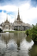 Temple Maha Wihan luang Pho Toe in thailand