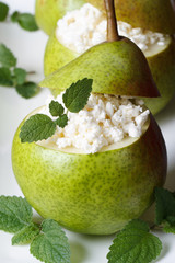 Breakfast: pears with cottage cheese and mint vertical