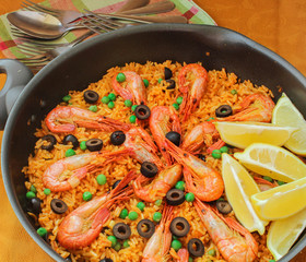 Mediterranean paella with shrimp