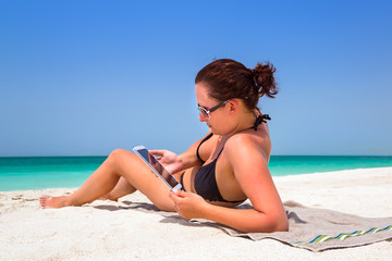 Summer holidays with internet tablet