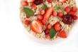 Овсяная каша с ягодами