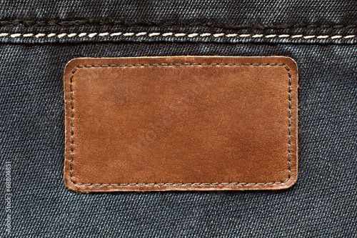 Tuinposter Stof Leather tag on jeans background