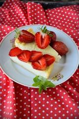 Homemade cheesecake with fresh strawberries