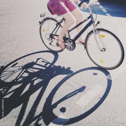 Die Fahrradfahrerin