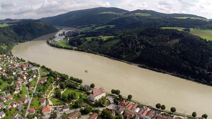 Obernzell - Luftbild mit Schloss