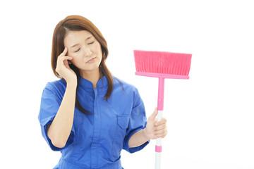 頭痛を訴える作業員