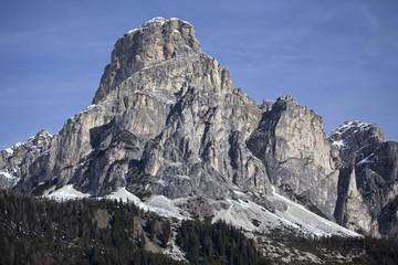 Высокие горы