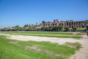 Rome : Circo Massimo, vue sur le Palatino