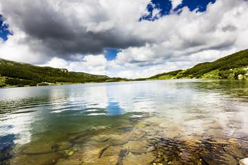 Beautiful summer landscape with lake Calcescu in Parang  mountai