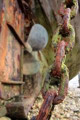 chaîne de bateau rouillée