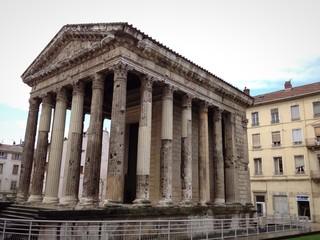 Vienne il tempio di Augusto - Francia