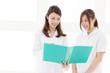 女医と看護師