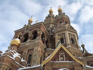 Фрагмент собора святых Петра и Павла в Петергофе