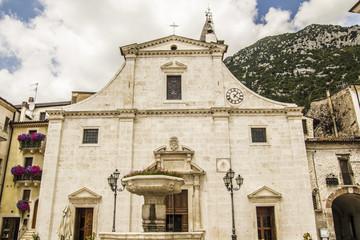 Facciata chiesa abruzzese