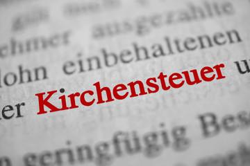 Kirchensteuer - rote Schrift, schwarzer i-Punkt