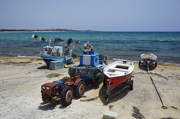 Italy, Sicily, Sampieri, fishing boats ashore