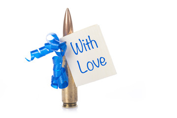 Bala de rifle adornada para regalo con tarjeta de felicitación