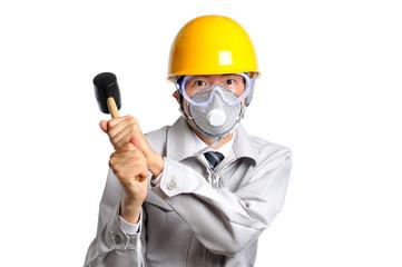 大工道具を持っている作業服を着た男性