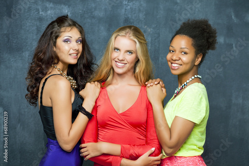 canvas print picture Ethnic three women face