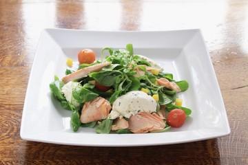 hort smoked salmon salad