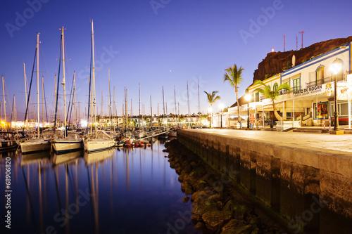 Hafen von Puerto Mogan am Abend – Gran Canaria - 68906820
