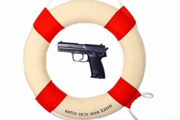 Pistole im Rettungsring