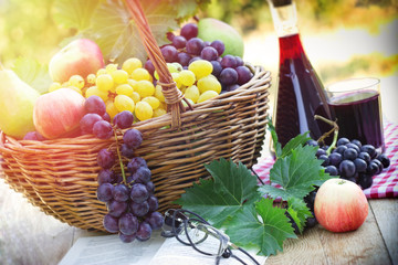 Autumn harvest - Grapes and red wine