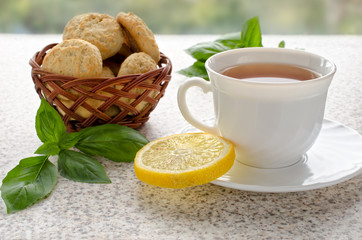 tea with lemon and coconut cookies