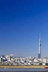 [東京都市風景]首都高と富士山&東京スカイツリーを望む-813