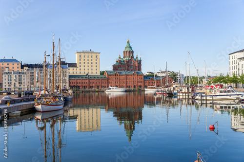 Helsinki. Yachts in the harbor  - 68938296