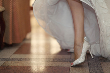shoes and bride's feet